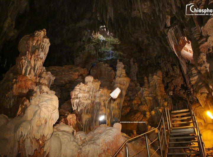 Σπήλαιο Συκιάς Ολύμπων - Ένα από τα πιο εντυπωσιακά σπηλαιοβάραθρα του Ελλαδικού χώρου